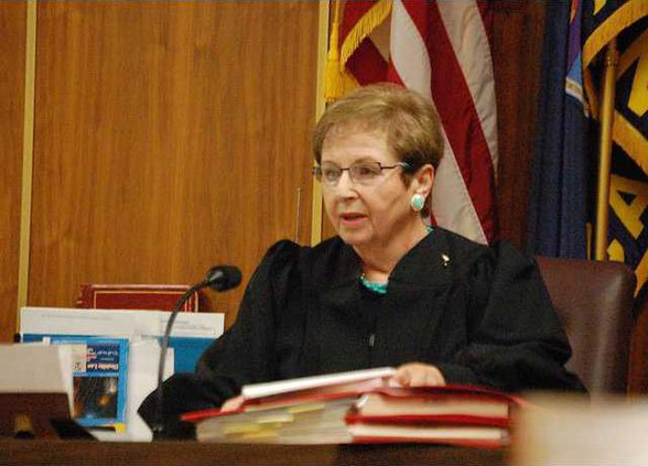 new deh judge kitts courtroom pic