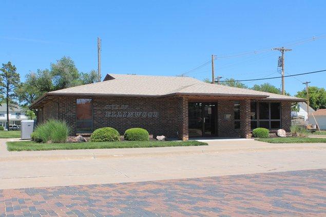 Ellinwood city offices.jpg