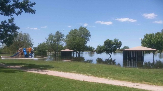 Albert, Ellinwood prepping for flood waters - GREAT BEND