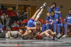 Kadin Spragis, GB pins Jantzen Borge, M from Manhattan